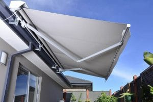 Side yard shade sails