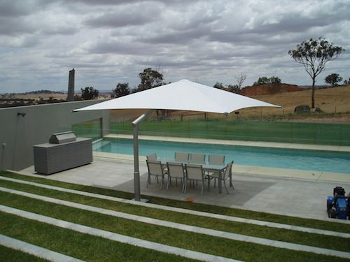 swimming pool cantilever umbrella