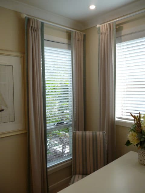 indoor vertical blinds