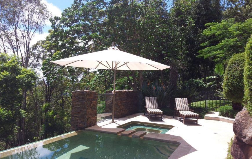 SP Side Post Umbrella over pool