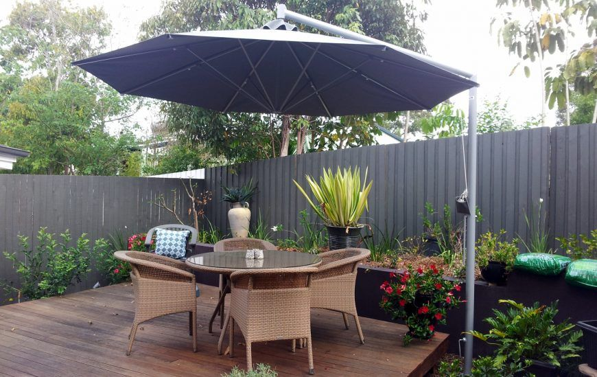 SP Side Post Umbrella over outdoor seating