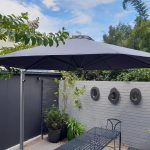 Shadowspec cantilever umbrella