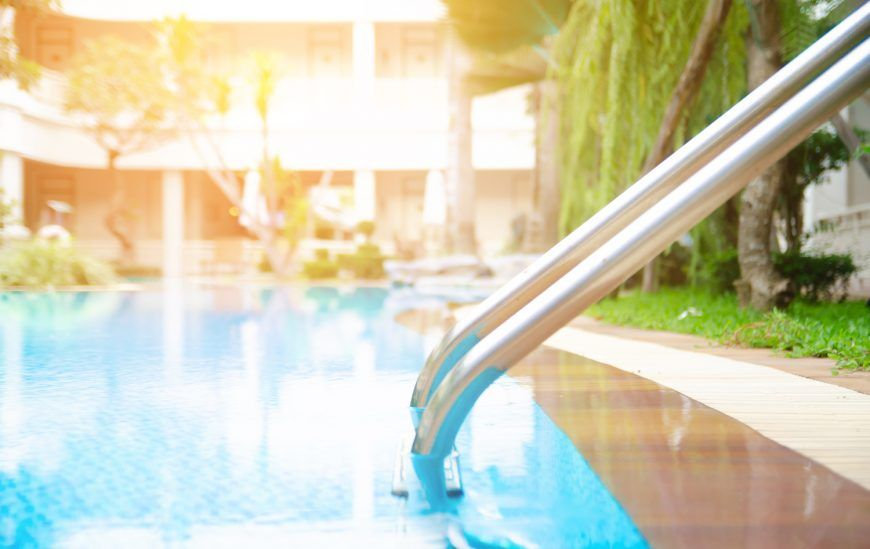 Tips to Help You Buy a Swimming Pool Umbrella